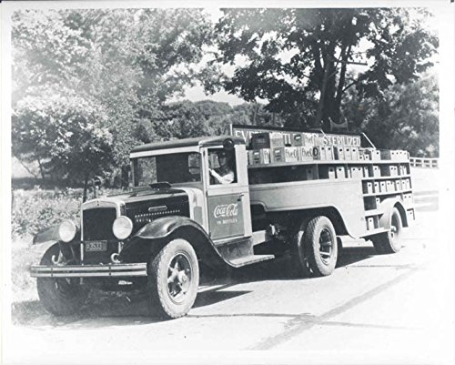 1933 International Tractor Coca Cola Truck Photo from AutoLit