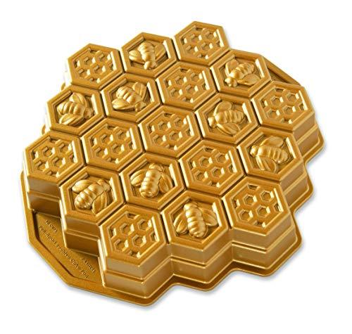 Nordic Ware Honeycomb Pull-Apart Dessert Pan