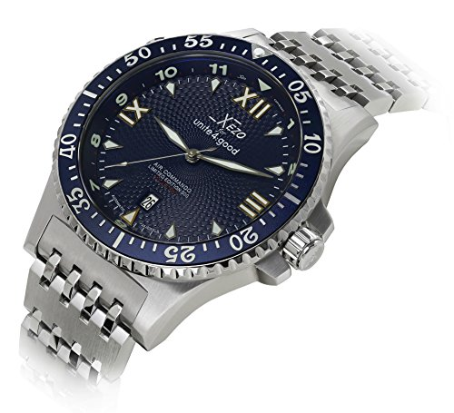 Xezo Men's Air Commando Japanese-Automatic Diver's Watch D45-BM