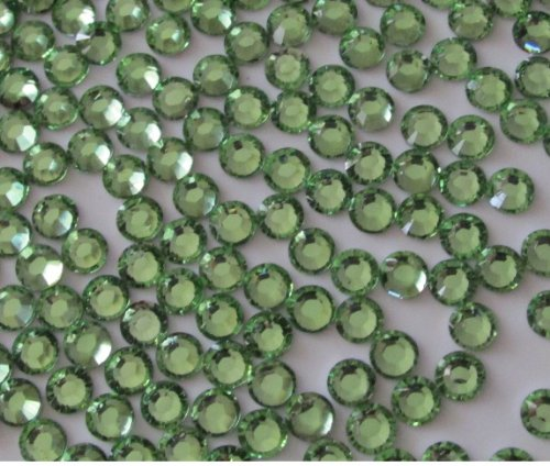 144pcs Round Flatback Resin Rhinestones 6mm (30ss)--- Light Green By Pixiheart ()