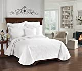 Historic Charleston 13991BEDDQUEWHI King Charles Matelasse 96-Inch by 90-Inch Queen Coverlet, White
