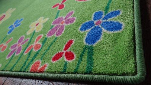 Kinderteppich blumenwiese  Kinderteppich Blumenwiese 140 x 200 cm: Amazon.de: Küche & Haushalt