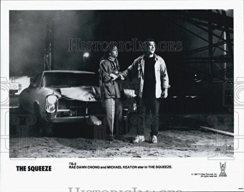 """1987 News-hounds Photo Actress Rae Dawn Chong, Michael Keaton in """"The Squeeze"""" Film"""