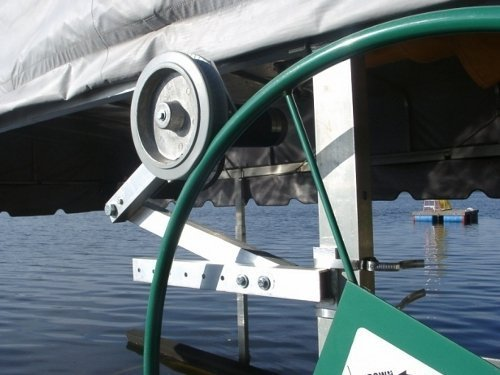 Shoreline Lift Mate 110 Volt Universal Boat Lift Motor]()