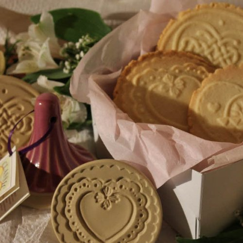 Brown Bag Scalloped Heart Cookie Stamp - Heart Series - Valentine's (Classic Scalloped Heart)