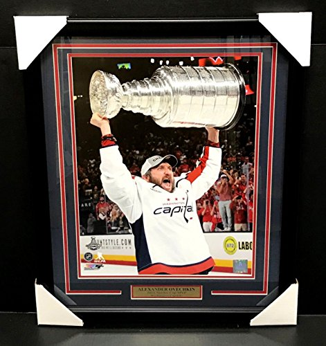 - ALEXANDER OVECHKIN WASHINGTON CAPITALS 16X20 FRAMED 2018 STANLEY CUP TROPHY MVP