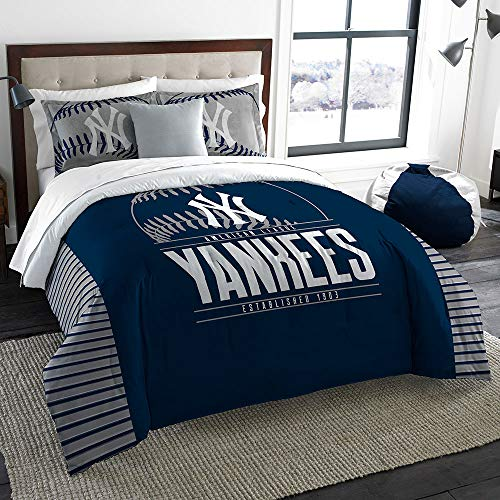(The Northwest Company MLB New York Yankees Comforter Set with 2 Shams, One Size, Multicolor)
