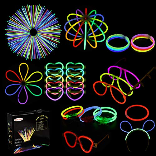 SanGlory 250 Glow Sticks 550Pcs Glow Party Favors for Kids/Adults: 250 Glowsticks 7 Colors + 300 Connectors for Glow Necklace/Bracelets,Flower Balls, Luminous Glasses and Light-up Triple/Butterfly