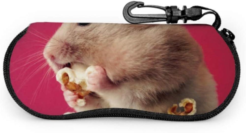 Estuche de gafas con mosquetón Hámster sirio para mascotas Comer palomitas de maíz Cremallera de neopreno portátil ultraligera Gafas de sol Estuche blando - Se adapta a la mayoría de las gafas