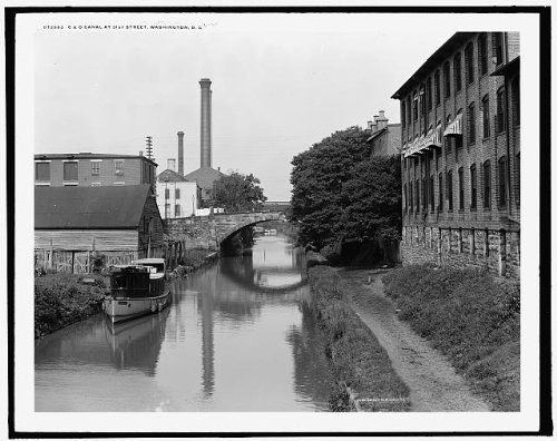 Photo: C & O canal,31st Street,industrial facilities,buildings,Washington - Street Shopping Canal Map