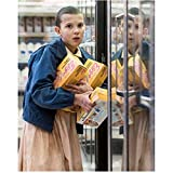 Stranger Things (TV Series 2016 - ) 8 inch x10 inch Photo Millie Bobby Brown Not Letting Go of Her Eggos Pose 1 kn