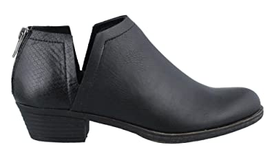 SUGAR BY RAMPAGE Women's Tessa Ankle Boot