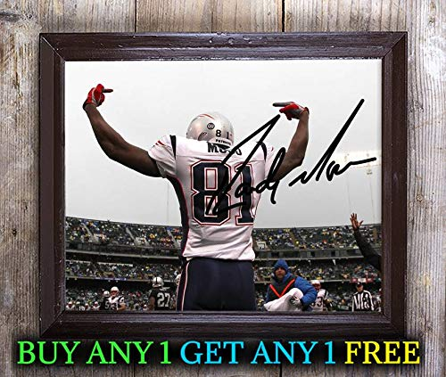Randy Moss American Football Wide Receiver Autographed 8x10 Photo Reprint #14 Special Unique Gifts Ideas Him Her Best Friends Birthday Christmas Xmas Valentines Anniversary Fathers Mothers Day
