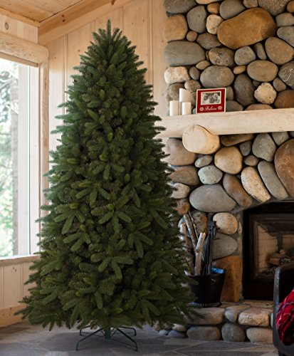 Tree Classics Classic Fraser Fir Artificial Christmas Tree, 6.5 Fe (Large Image)