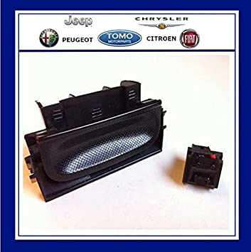 closer at detailed look detailing Citroen C4 Picasso Tailgate Boot Handle + Micro Switch