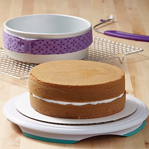 Wilton Aluminum Performance Pans Set of 2 9-Inch Round Cake Set by Wilton (Image #7)