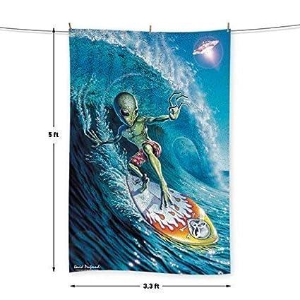 L&S PRINTS Alien Surfer – por David Penfound – Toalla – 5 FT X 3.3 ft