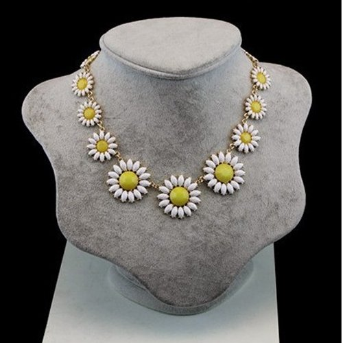sweet-korea-small-daisy-flower-necklace-statement-necklace-apparel-ornament-yellow