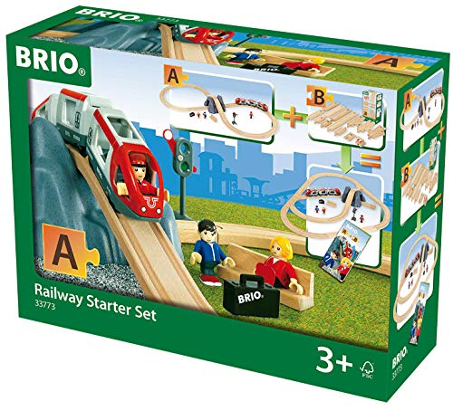(BRIO World - 33773 Railway Starter Set | 26 Piece Toy Train with Accessories and Wooden Tracks for Kids Age 3 and Up)