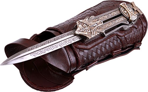 MC-AC-03 Assassin's Creed Aguilar's Hidden Blade & Gauntlet Officially Licensed Replica, 12