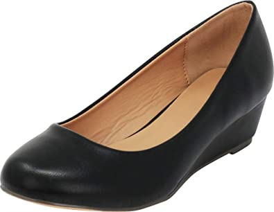 Cambridge Select Womens Closed Round Toe Slip-On Low Comfort Wedge