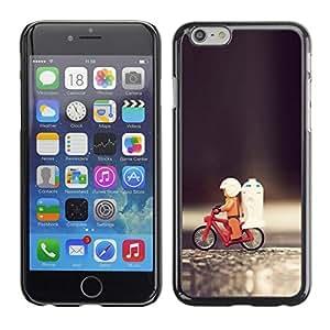 TopCaseStore / la caja del caucho duro de la cubierta de protección de la piel - Funny Toy Bicycle - Apple iPhone 6 Plus 5.5