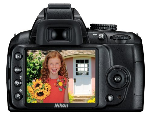 Nikon D3000 10 2MP Digital SLR Camera with 18-55mm f/3 5-5 6G AF-S DX VR  Nikkor Zoom Lens