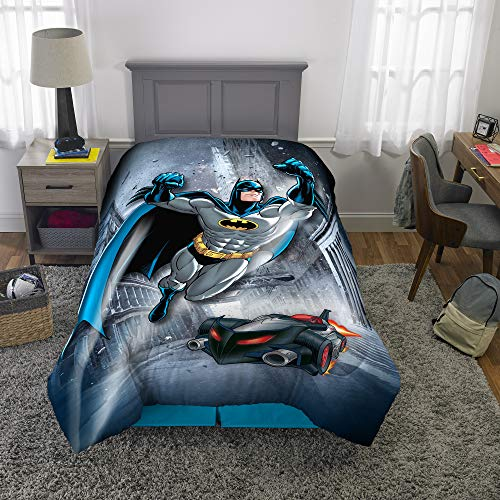 (Warner Bros Batman Kids Bedding Soft Microfiber Reversible Comforter, Twin/Full Size 72