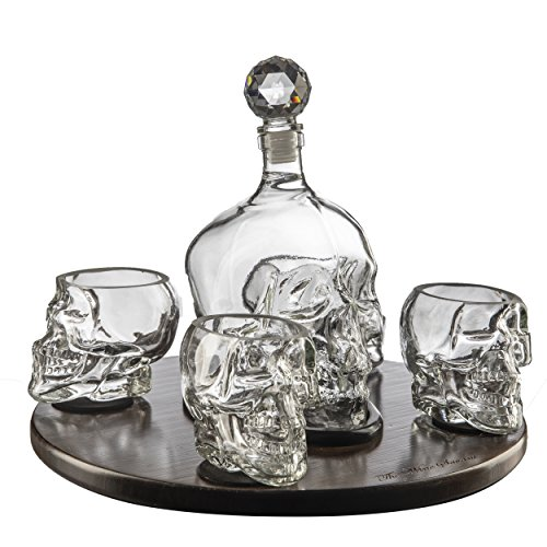 The Wine Savant Large Skull Face Decanter with 4 Skull Shot Glasses and Beautiful Wooden Base - By Use Skull Head Cup For A Whiskey, Scotch and Vodka Shot Glass, (Halloween Shooter Drinks)