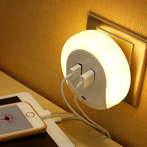 Price comparison product image Tipton Light LED Night Light with Dusk to Dawn Sensor and Dual USB Wall Plate Charger Simple Style for Bedroom, Living Room, Study