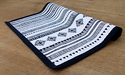 Aztec Cotton Rug Black and White Geometrical Navajo Print Bohemian Tribal 100% Cotton Size Available (24X36) (White Flooring Florida)