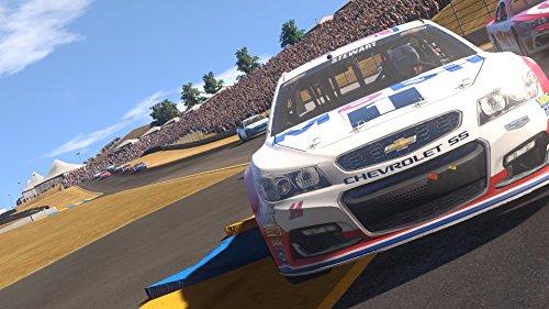 NASCAR Heat Evolution (PS4) – PlayStation 4