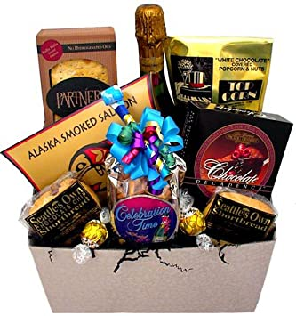 Amazon Com Wedding Gift Basket Gourmet Snacks And Hors Doeuvres
