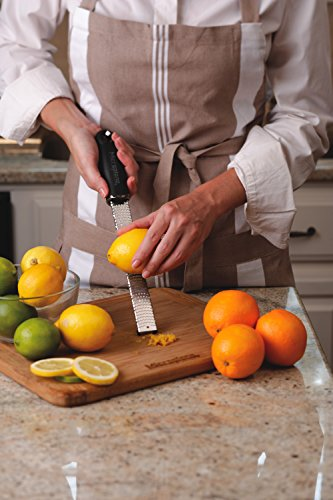 Microplane Premium Zester Grater - made in USA stainless steel blade -for zesting citrus and grating cheese -Soft touch handle - Black by Microplane (Image #10)