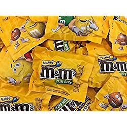 M&M's Milk Chocolate with Peanut, Fun Size Candy, Bulk Pack 115-ct (Pack of 5 Pounds)