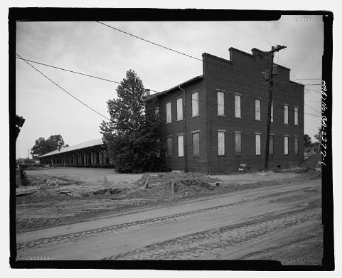 (HistoricalFindings Photo: Atlantic Coastline Railroad Freight Warehouse,1 Ninth Street,Augusta,Georgia,GA)