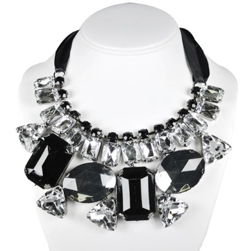 Wrapables Chunky Jewel Statement Necklace