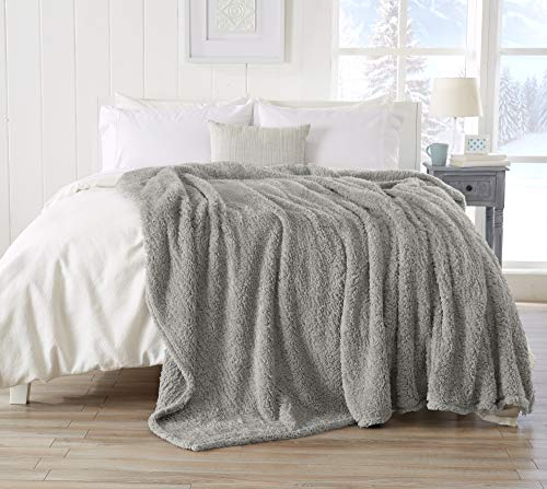 (Great Bay Home Ultra Soft, Fuzzy Sherpa Stretch Knitted Bed Blanket. Lightweight and Cozy, Elegant, Chic Fleece Blanket for Sleeping. (Full/Queen, Glacier Gray))