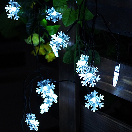 Snowflake Solar String Lights, 20 ft 30 LEDs Snow Shape Solar Powered Waterproof Lamp for Indoor & Outdoor Christmas Tree Patio Gardens Home Party Decoration (White)
