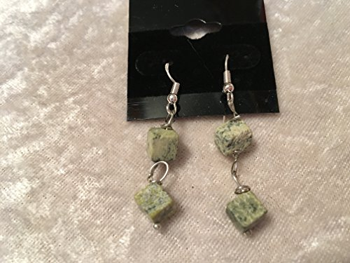 natural yellow turquoise gemstone cubes dangle sterling silver earrings (Turquoise Beads Yellow Cube)