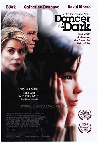 Amazon.com: Dancer en la oscuridad Cartel de película (27 x ...