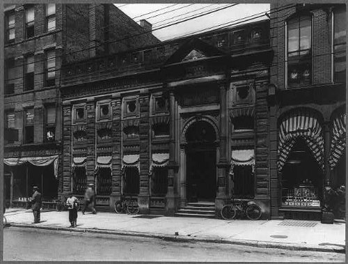 HistoricalFindings Photo: 1st National Bank,Erie,PA,Cigar-Store Indian Next ()