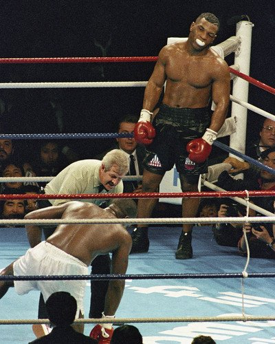 Mike Tyson boxing legend in the ring fight 8x10 Promotional Photograph
