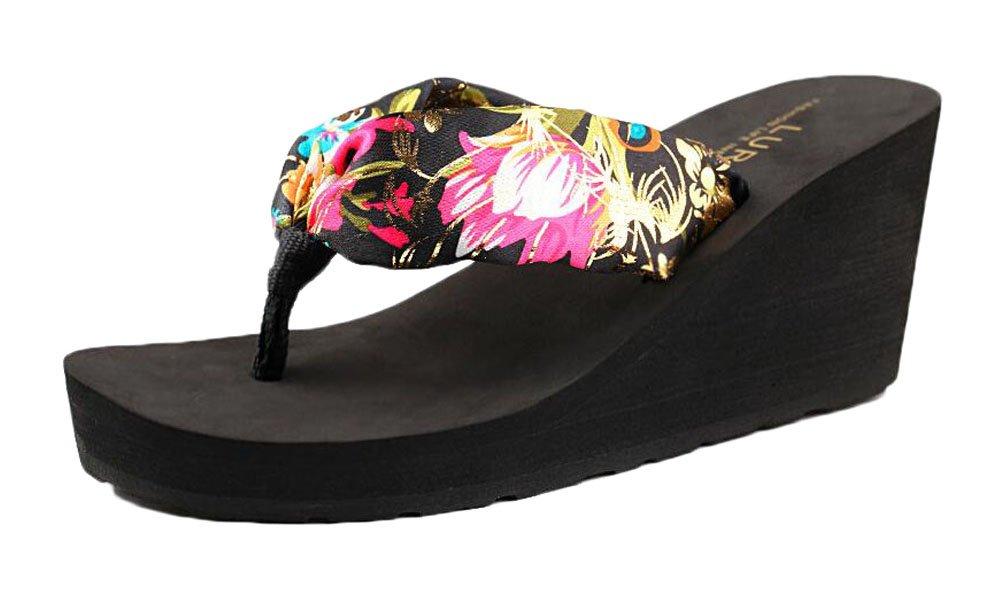 Sandalias y zapatillas de playa y piscina para el verano Black Temptation