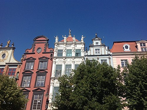 Home Comforts LAMINATED POSTER Old Town Townhouses Architecture Gdańsk Poster 24x16 Adhesive - Townhouses Old