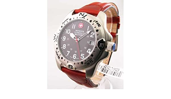 Amazon.com: Wenger Swiss Military Hiker Compass Navigator Mens Watch 79156: Wenger: Watches