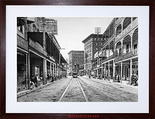 New Orleans Framed Photograph (VINTAGE PHOTO ST CHARLES STREET 1900 NEW ORLEANS FRAMED PRINT F97X6463)