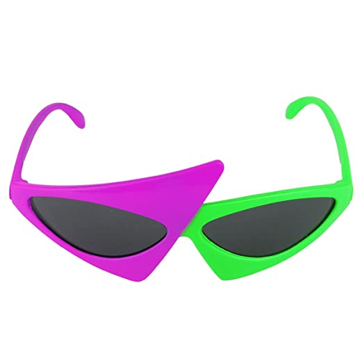 ad875610eed Amazon.com  iEFiEL Asymmetric Triangle Sunglasses Alien Glasses ...