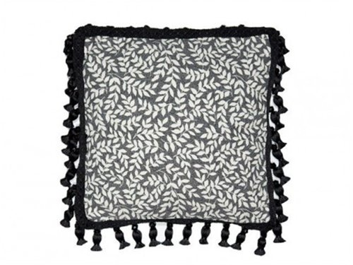 thomasville-bouvier-square-tassel-pillow