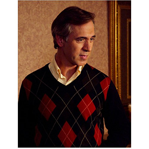 Series Argyle - Tom Amandes 8 Inch x10 Inch Photograph Everwood (TV Series 2002 - 2006) Wearing Argyle Looking Left kn